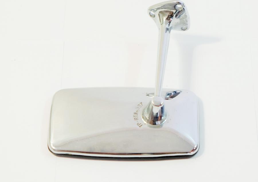 ural hamburg spiegel lada 2101 fu mit drei schrauben. Black Bedroom Furniture Sets. Home Design Ideas